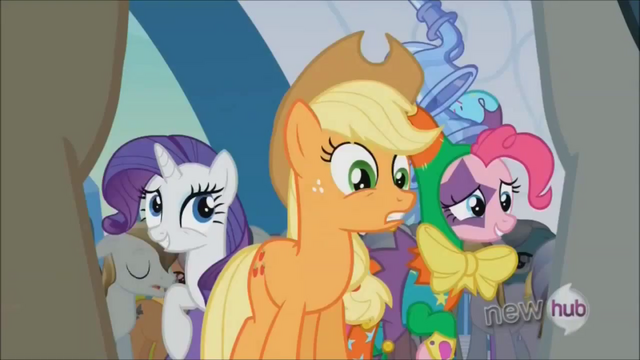 File:Rarity 'The real one is..' S3E2.png