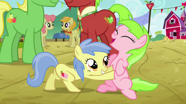 File:Apple Flora tickling Candy Caramel Tooth S3E8.png