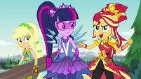 """Sunset Shimmer """"we can get them to help save it!"""" EG4"""