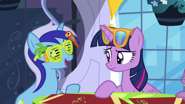 """File:Minuette """"starting to come out of her shell"""" S5E12.png"""