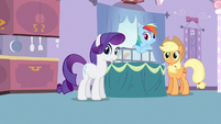 Rarity & Rainbow Dash what was that S3E9