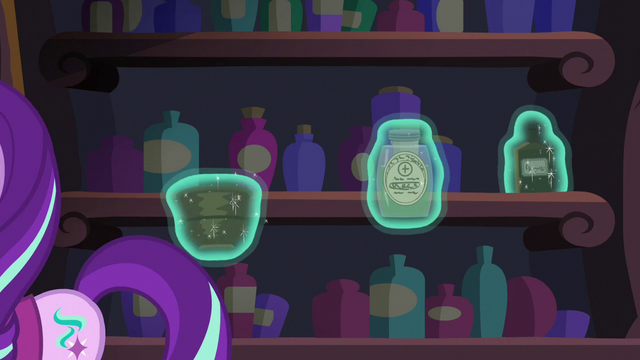 File:Snowfall grabs an addition three potions S06E08.png