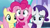 "Pinkie Pie ""a unicorn AND a Pegasus!"" S6E1"