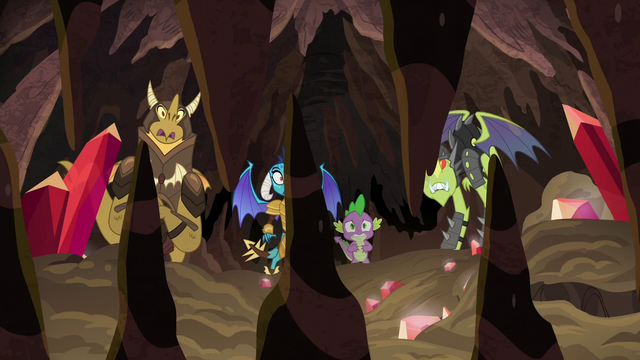 File:Spike and Ember look at crunching rock spikes S6E5.png