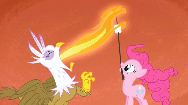 File:Gilda Pinkie Pie marshmallow roast S1E05.png