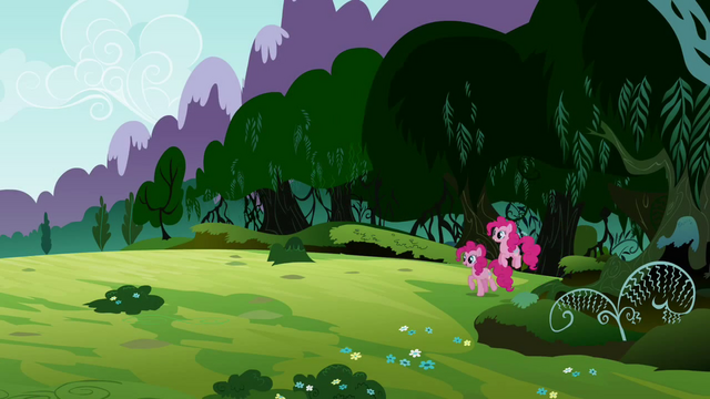 File:Pinkie Pie 'And then there's Rarity' S3E3.png