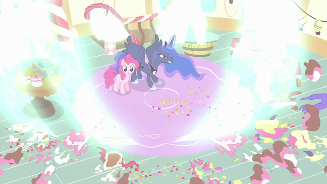 File:Princess Luna blasts the cakes away S5E13.png