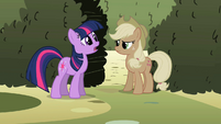 Twilight 'has her so upset' S2E01