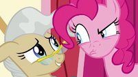 Pinkie glares disapprovingly at Mayor Mare S5E19