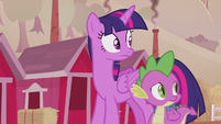 Twilight and Spike look back at Applejack S5E25