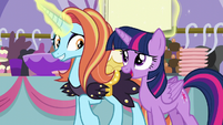 Twilight praises Sassy's attention to detail S5E14