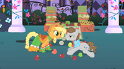 Applejack helps Star Gazer get back up S1E26