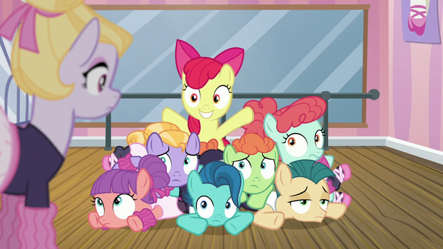 File:Apple Bloom smiling in a pile of dancing foals S6E4.png