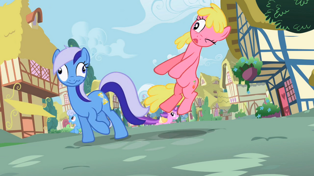 File:Minuette no horn S02E10.png