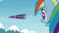 Rainbow sees Twilight fly away really fast S4E26