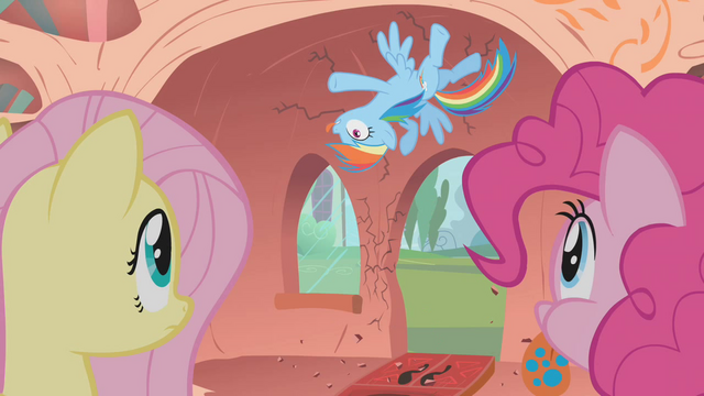 File:Rainbow Crash S1E09.png