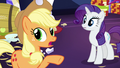 "Applejack ""everypony calm down"" S5E3.png"