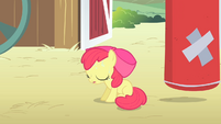 Apple Bloom sweating S4E05
