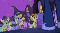 Ponies backing up from Luna 2 S2E04