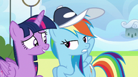 Rainbow starting to get annoyed by Sky Stinger S6E24