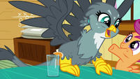 Gabby excitedly getting in Scootaloo's face S6E19