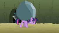 Twilight carrying rock S2E01
