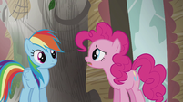 "Pinkie ""No wonder Twilight's book ended with the coronation of King Guto"" S5E8"