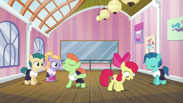 File:Apple Bloom pleased with her dancing success S6E4.png