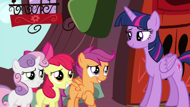 File:CMC smiling to Twilight S4E15.png