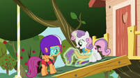"Sweetie Belle ""Rarity showed me how"" S6E4"