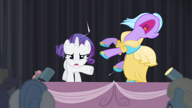 File:Rarity pushes a pony away S4E08.png