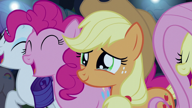 File:Applejack moved to tears S5E24.png