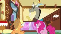 Discord eats the cupcake S5E22