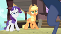 Applejack 'How do you know about her trip' S4E11.png