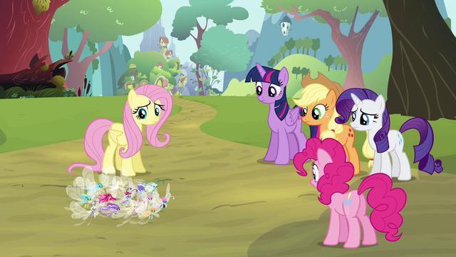 """File:Fluttershy """"there are too few of them"""" S4E16.png"""