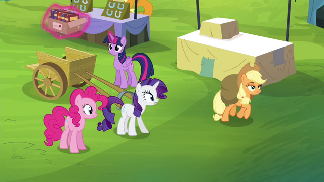 File:Applejack trotting away S4E22.png