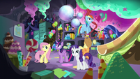Mane 6 in Pinkie's basement S5E11