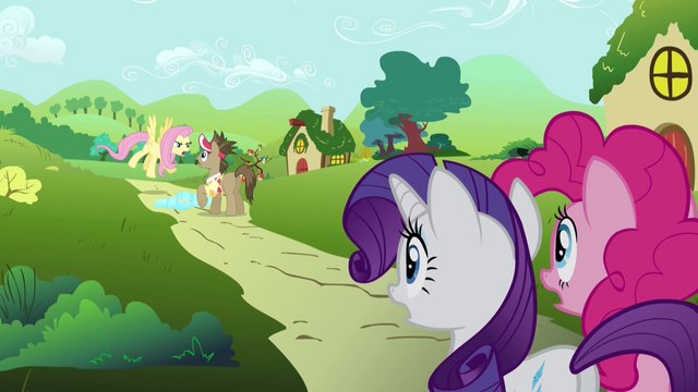 File:Fluttershy blows her fuse at Globe Trotter S2E19.png