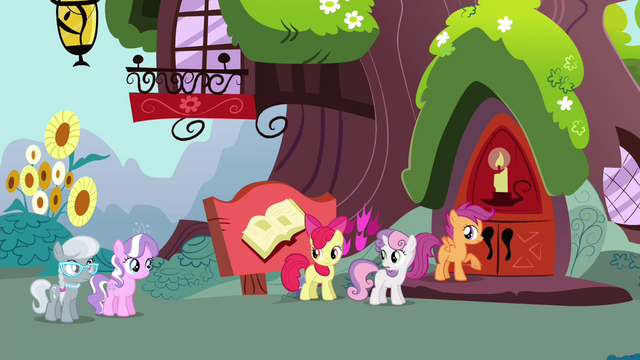 "File:Sweetie ""Twilight takes this time out"" S4E15.png"