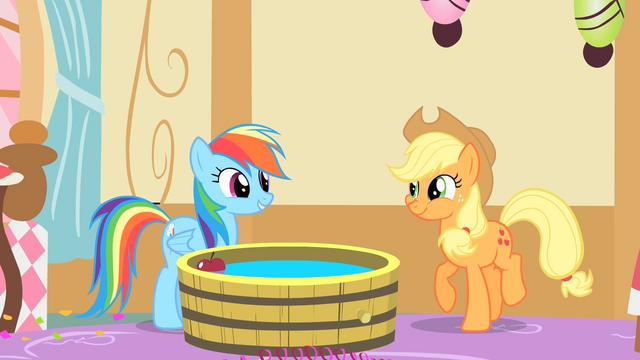 File:Rainbow Dash praises Applejack's apple bobbing S1E25.png