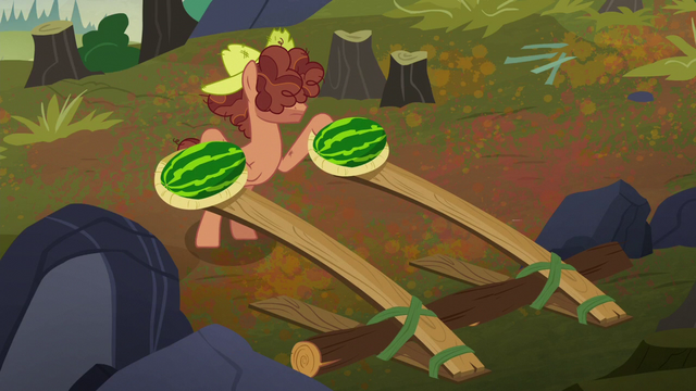 File:Hooffield stallion with watermelon catapults S5E23.png