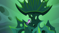 Starlight Glimmer trying to break the throne S6E26