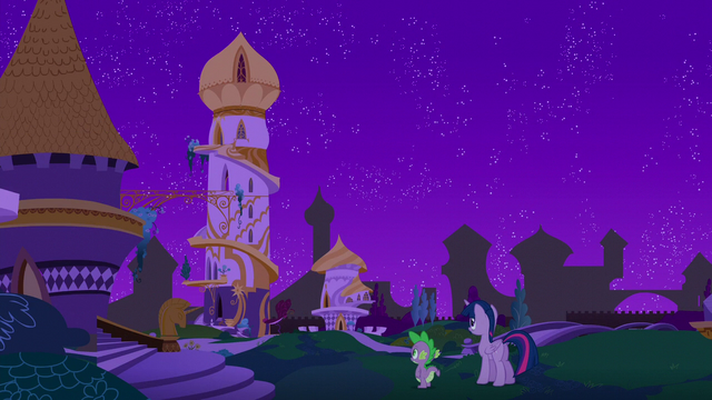 File:Twilight and Spike sees their old home S5E12.png