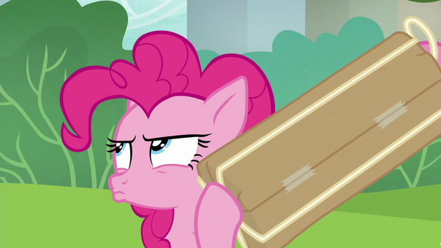 File:Pinkie Pie shaking her present S6E3.png