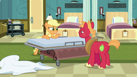 """Young Applejack """"he'll cut off ties with us"""" S6E23"""