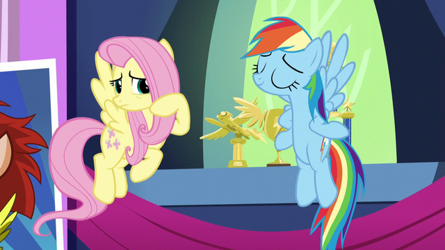 File:Fluttershy unsure about Rainbow's decorative choices S5E3.png