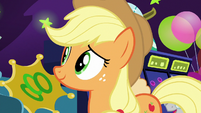 Applejack watching ponies have fun S6E20