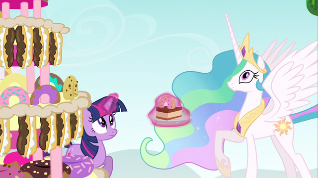 File:Princess Celestia & Twilight awaiting Pinkie S2E24.png
