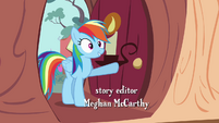Rainbow Dash enters the library S4E04