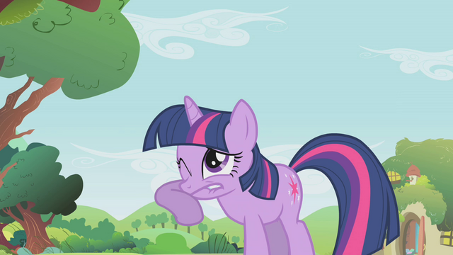 File:Twilight can't look S01E10.png